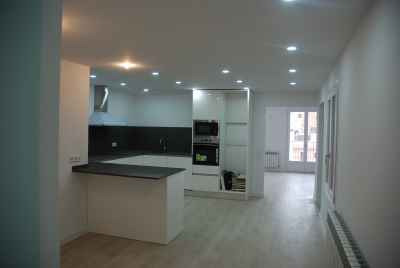 Spacious apartment with city views in thecentreof Barcelona